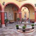 Photo of Hotel Quinta Santiago