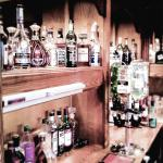 Bar looks old-school-old-style but pendants gives somehow fresh look