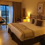 Marina Hotel Corinthia Beach Resort Foto