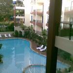 Kolam renang Palace Hotel