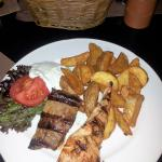 The Lunch Classic - Mixed grilled meat plate