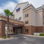 ‪Fairfield Inn & Suites Jacksonville Beach‬