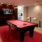 Hotel Lucent - Game Room