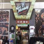 Foto de Gas Monkey Bar N' Grill - DFW Airport