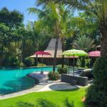 Luxuriously Villa with great service, amazing 3 pools combined with great food, music and compan