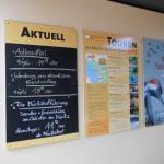 Info - Tafeln und Plakat.