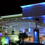 Photo de Holiday Inn Express Hotel & Suites Longview-North