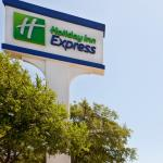 ‪Holiday Inn Express Hotel & Suites-DFW North‬