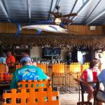 Flounders Restaurant and Tiki Bar Foto