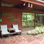 Ghost Lake Lodge Foto