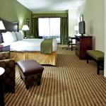Holiday Inn Express & Suites Ocean Springs King Suite for Weddings
