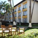 Plaza Pelicanos Grand Beach Resort Photo