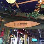 Photo de Cheeseburger Island Style