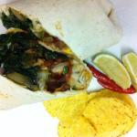 Klassiker seit 1997: der Burrito mañana (Chicken/Spinach/Cheddar-Mozzarella/Salsa/Cilantro)