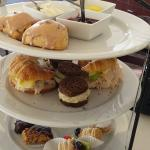 Tiered dining selections