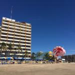 Foto de Las Flores Beach Resort