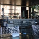 El bonito bar del hotel