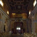 Церковь Присвятой троицы внутри