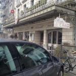 Parking au pied de l'hôtel