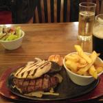 Steak and Chicken Combo with a Southern Comfort and Lemonade, ideal for a peckish Seasiders Supp