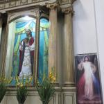 Autel à l'intérieur de l'église