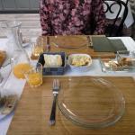 Completísimo desayuno