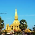 Pha Tha Luang (Große Stupa) Foto