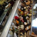 Foto de Andree's Wine Cheese & Things