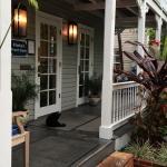 Photo de Lighthouse Court Hotel in Key West