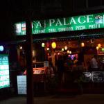 Taj Palace Indian Restaurant Foto