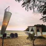 Photo de Thavorn Beach Village & Spa