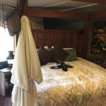 Sandlake Country Inn Photo