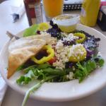 Small house salad with lemon herb vinegrette (house dressing)