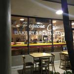 La Pequena Colombia Bakery & Restaurant