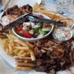ภาพถ่ายของ Yefsi Souvlaki Bar & Cafe