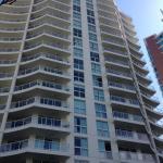 The Crest Apartments Foto