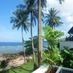 Photo de Kamala Beach Estate