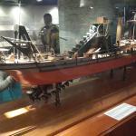 Algunas de las maquetas de los diferentes buques que dragaron el Canal
