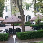Il parco delle Terme su cui si affaccia l'albergo