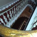 Escaleras a la 3ª planta.