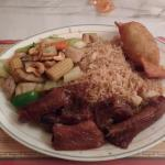 Single Combo with Ribs, Cashew Chicken & Rice