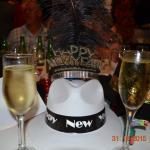 Chapeau donner par eu et avec champagne à volonté