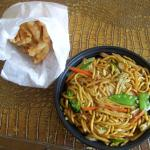 [Takeout] 8-Piece Cream Cheese Wontons And Large Veggie Lo Mein