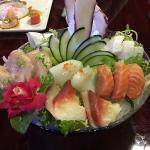 Sashimi Deluxe.