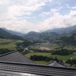 Balkonblick ins Tal und auf die Salzach