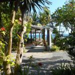 Anom Beach Inn Bungalows Photo