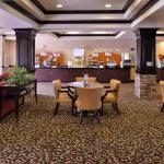 Photo de Holiday Inn Express Hotel & Suites Lincoln