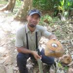 William (my guide) using his machete to give me coconut milk!