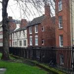High Pavement Street, dal giardino della St. Mary's Church