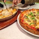 Pizza and canneloni at Pizzeria Tivoli!
